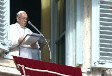Photo of Papa all'Angelus: La grandezza di Dio guarisce da droga e superstizioni