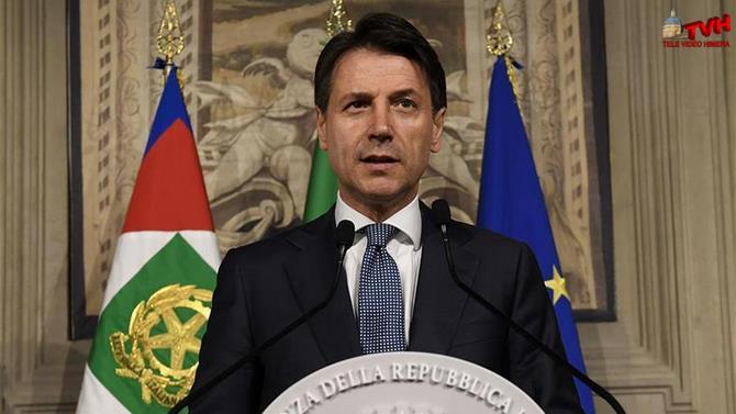 Photo of Palermo: Conte ringrazierà i commercianti che hanno denunciato gli estortori