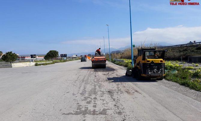 Photo of Termini Imerese: Avviati i lavori di ripristino del manto stradale della zona industriale