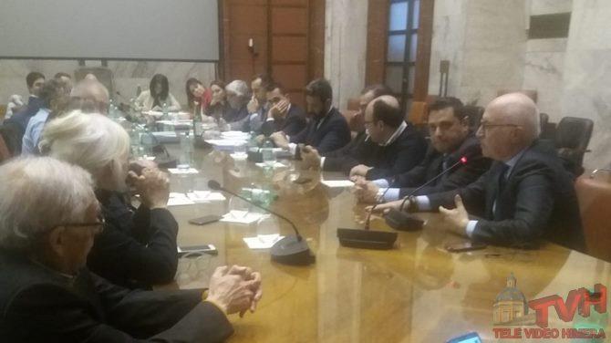 Photo of Blutec: Dal Mise il Tavolo Tecnico dei Sindaci con il Ministro Di Maio