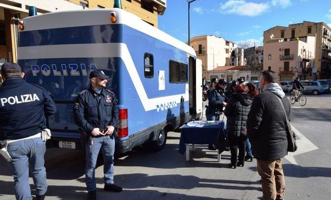 """Photo of Palermo: """"…Questo non è amore"""", la Polizia vicina alle donne anche per San Valentino"""