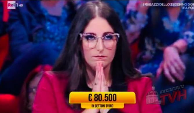 """Photo of Caccamo: La giovane Giulia Di Gesù vince a """"I Soliti Ignoti"""""""