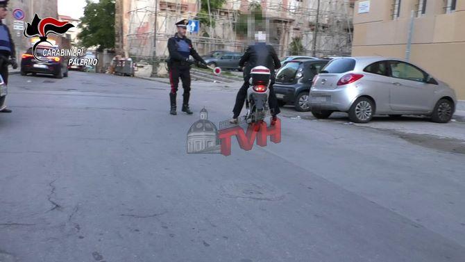 Photo of Palermo: Scooteristi senza casco e assicurazione, 178 multe in un mese – 🎥 VIDEO