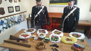 Photo of Belmonte Mezzagno: I Crabinieri scovano un arsenale, arresti, sanzioni e denunce