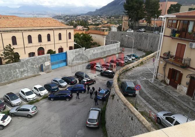 """Photo of Termini Imerese: Detenuti tentano la rivolta nel carcere dei """"Cavallacci"""" – 🎥 VIDEO"""