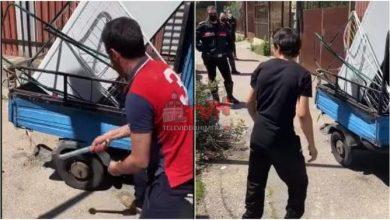 Photo of Palermo: I Carabinieri gli sequestrano una Moto Ape e lui la distrugge a martellate – 🎥 VIDEO