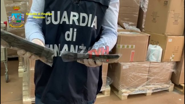 Photo of Termini Imerese: Mascherine non conformi, due commerciati scoperti dalla GdF