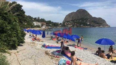 Photo of Santa Flavia: Rubati gli ombrelloni della spiaggia del Kafara
