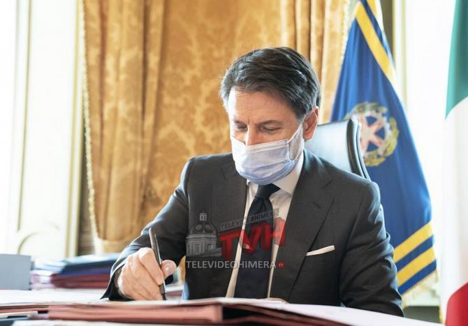 Photo of Governo: Coronavirus, Stretta sulla movida e sulle feste anche in casa – 🎥 VIDEO