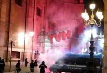 Photo of Palermo: Continua la protesta contro il Dpcm, tensioni e scontri, ferito un Cameramen